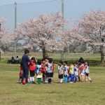 はじめてサッカーをする子どもたちを中心に各6か所でスクール活動をしております。